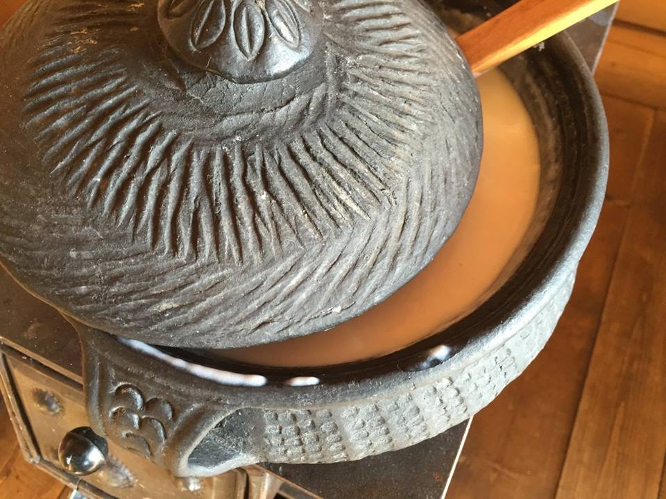 Blog_Black Pottery_2.jpg