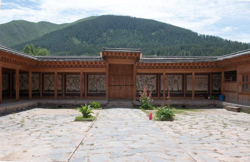 The Medical College at Labrang TashiKyi Monastery_1.jpg