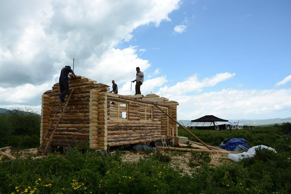 Blog_Building log  cabins_12.jpg