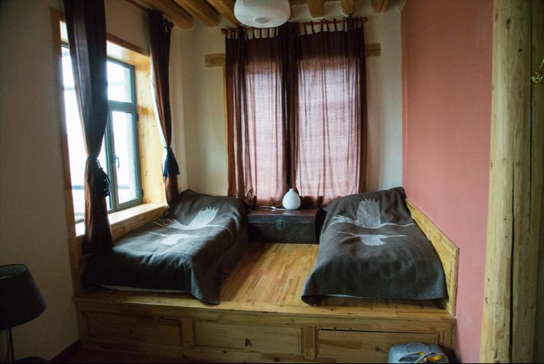 guesthouseroom.png