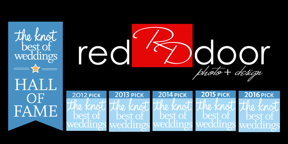 The Knot Best of Weddings awarded to Red Door Photo and Design for FIVE years in a row.  Red Door Photo and Design has been picked by Iowa Brides as one of the Best Wedding Photographers in Iowa.