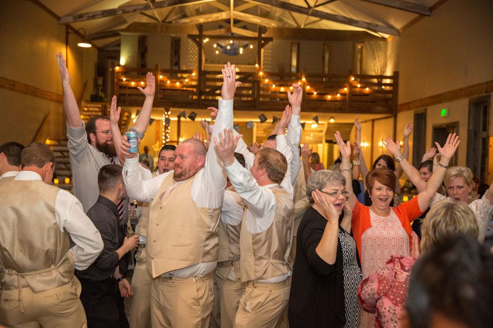 Wedding-Photography-Iowa-161.jpg