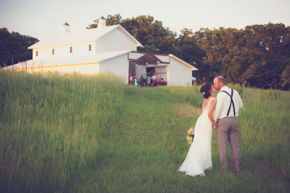 Wedding-Photography-Iowa-251.jpg