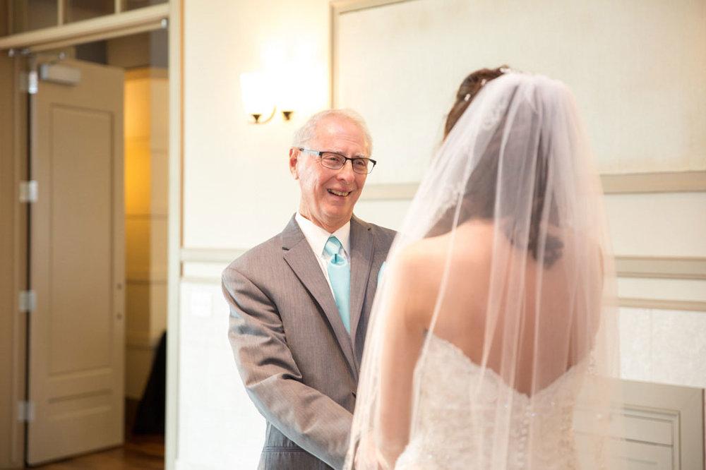 Wedding-Photography-Iowa-270.jpg
