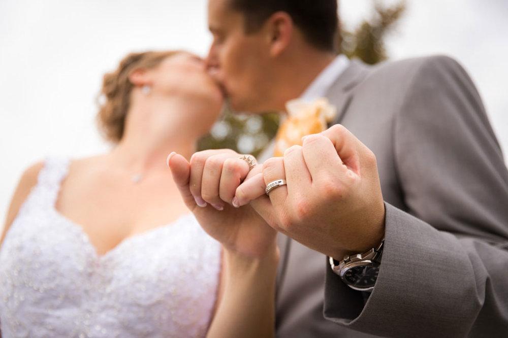 Wedding-Photography-Iowa-470.jpg