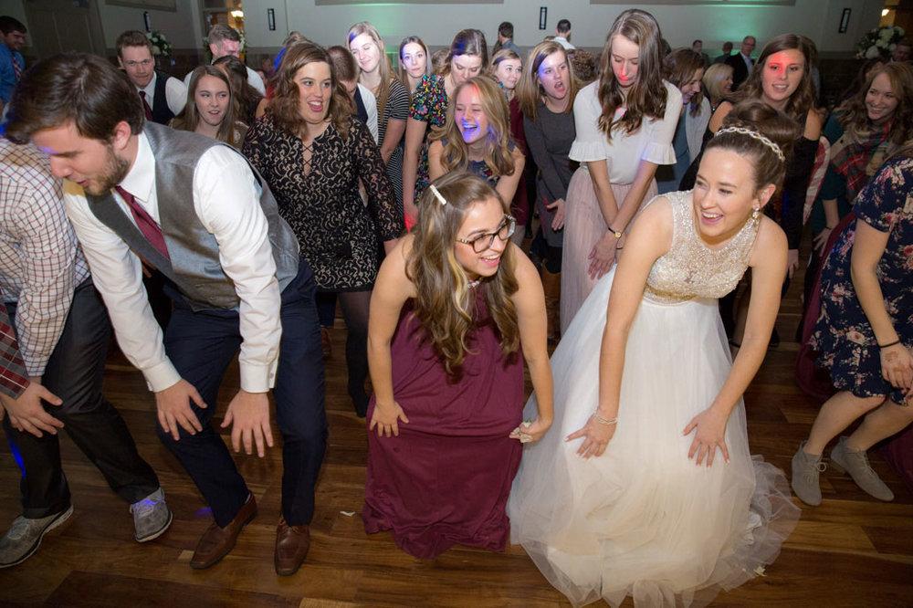 Wedding-Photography-Iowa-713.jpg