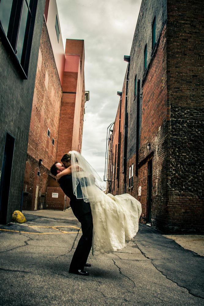 Red_Door_Photo_Des_Moines_Wedding_Photographers-170.jpg