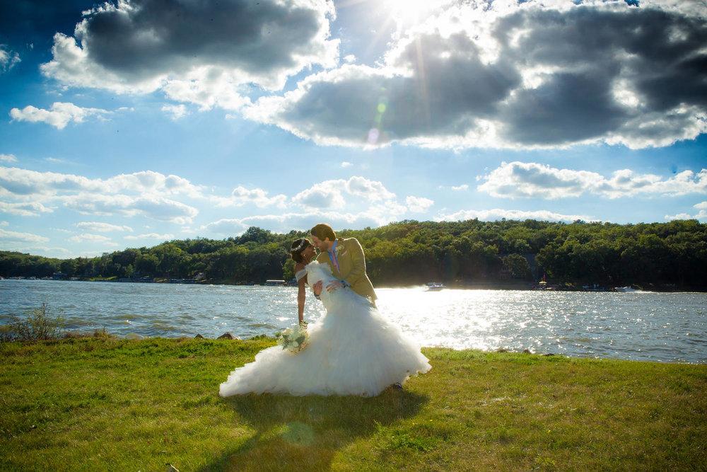 Red_Door_Photo_Des_Moines_Wedding_Photographers-521.jpg