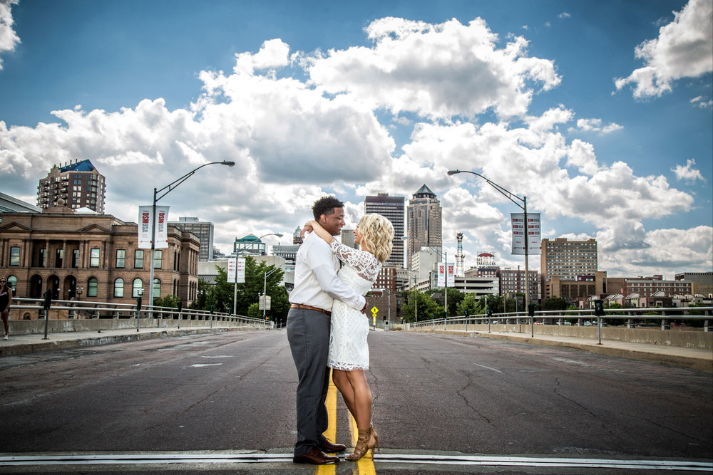 Engagement Photographer Des Moines, Iowa - Red Door Photo