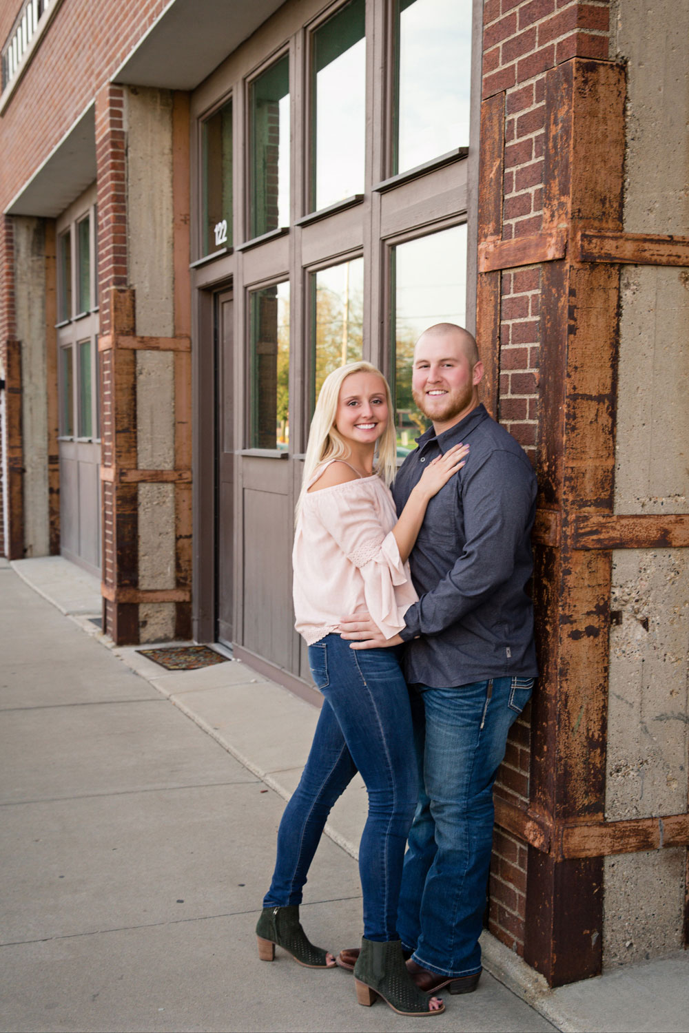 Engagement_Photo_Des_Moines-187.jpg