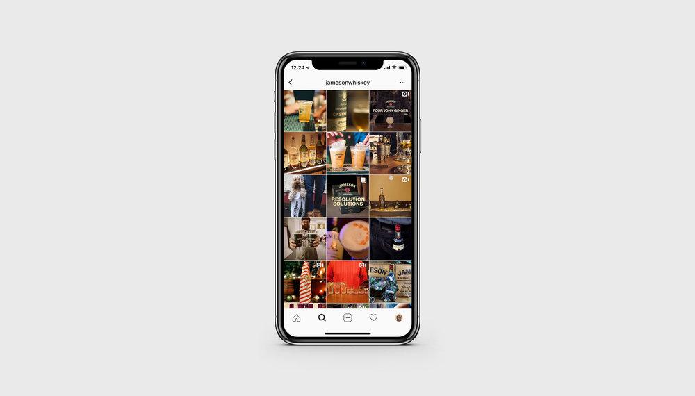 iPhone-X-Mockup.jpg