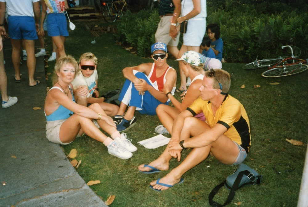 (L to R) Canadian Ultra race director Lynn Van Dove with her son, Ultra champion Tom Price and other athletes at the 1985 Hawaiian Ironman.