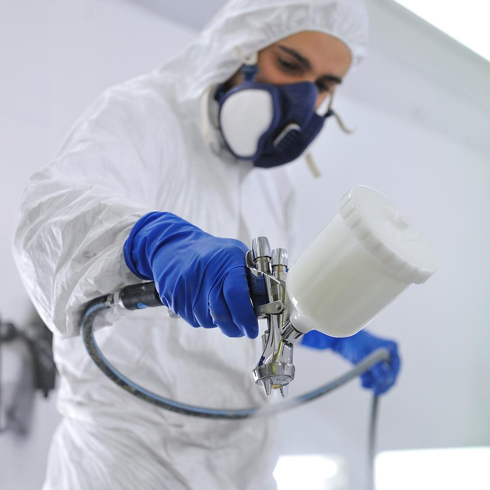 Multi matériaux et rendus, cabine labo pour R&D, laque polie/lustrée, vernis 10 peintres