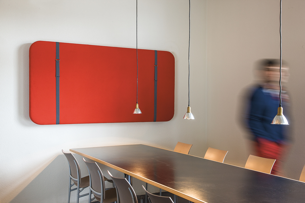 SILENTO MURALE Funktion und Schmuck für jeden Raum – inspiriert von Schultaschen.