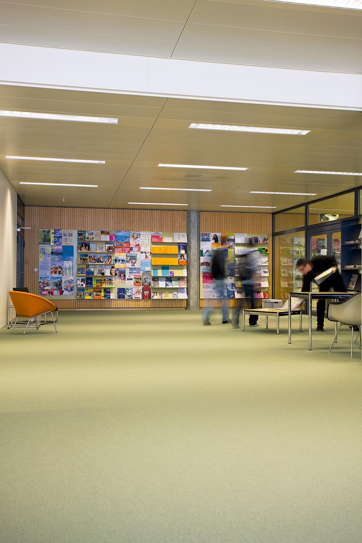 mediathek_neue_kantonsschule_aarau_04.jpg