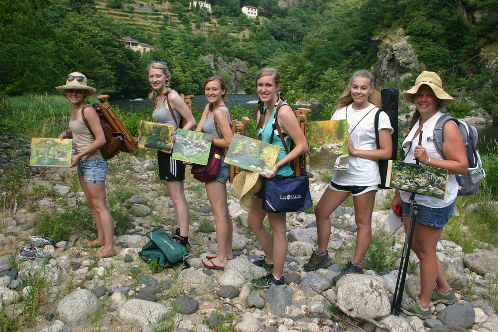 students on a painting excursion in the south of france