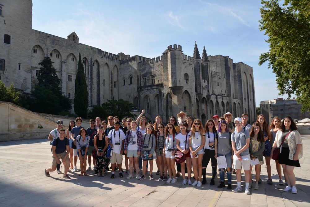Group photograph outside the Palais des Papes