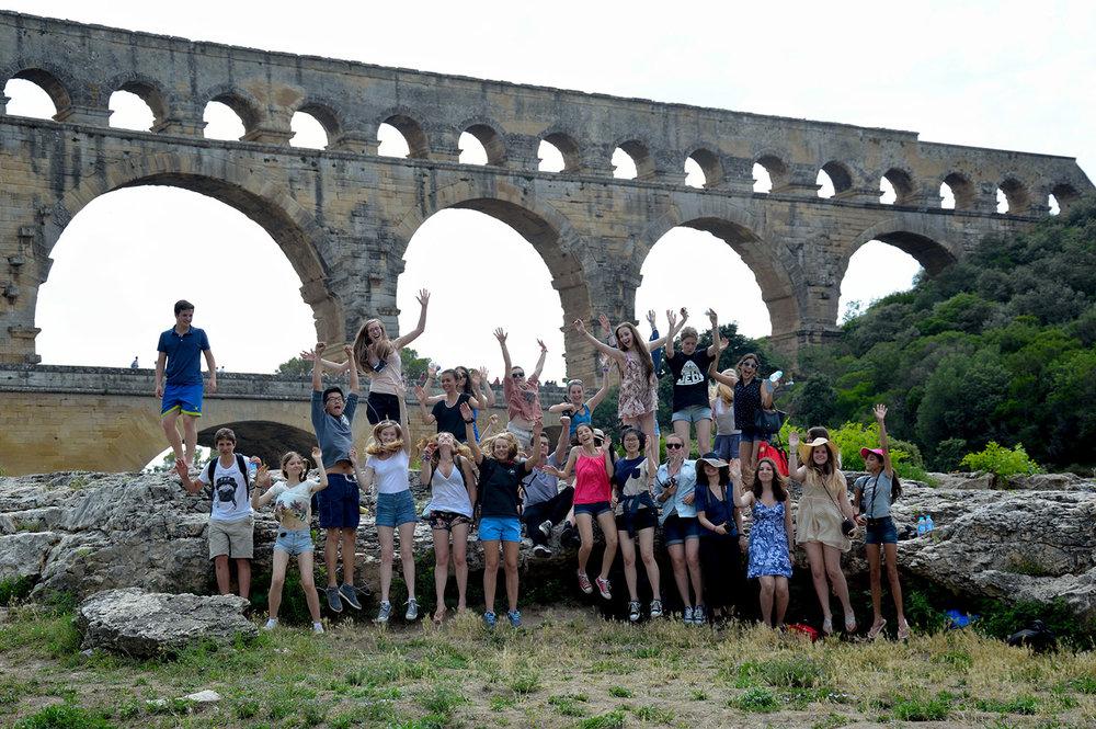 art program excursion to pont du gard, france