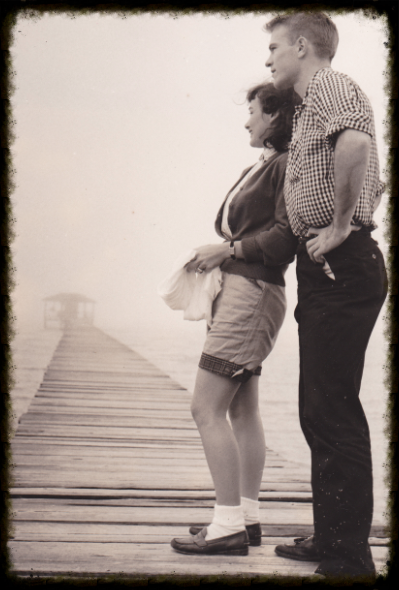 MARY JO AND GEORGE AT MOBILE BAY, ALABAMA, CIRCA 1956.