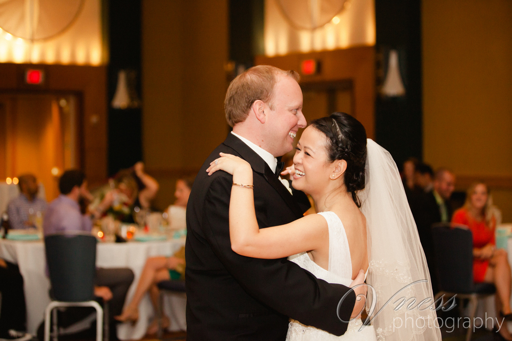HYATT-REGENCY-WEDDNG-MARYLAND -Vness-Photography-151.JPG