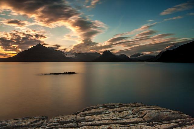sunset-192978_640.jpg