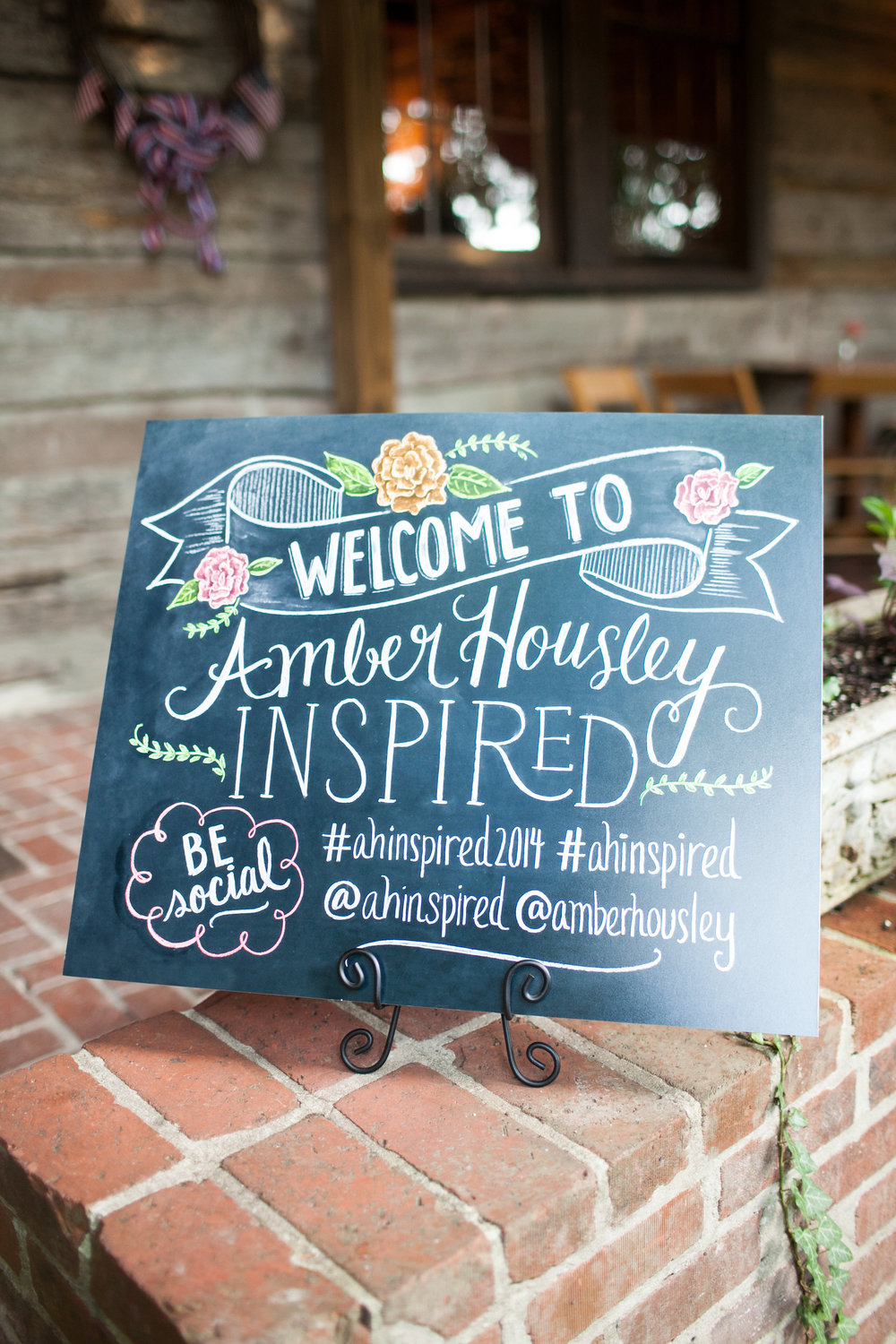 How cute is this chalkboard design by Valerie McKeehan of Lily & Val?!
