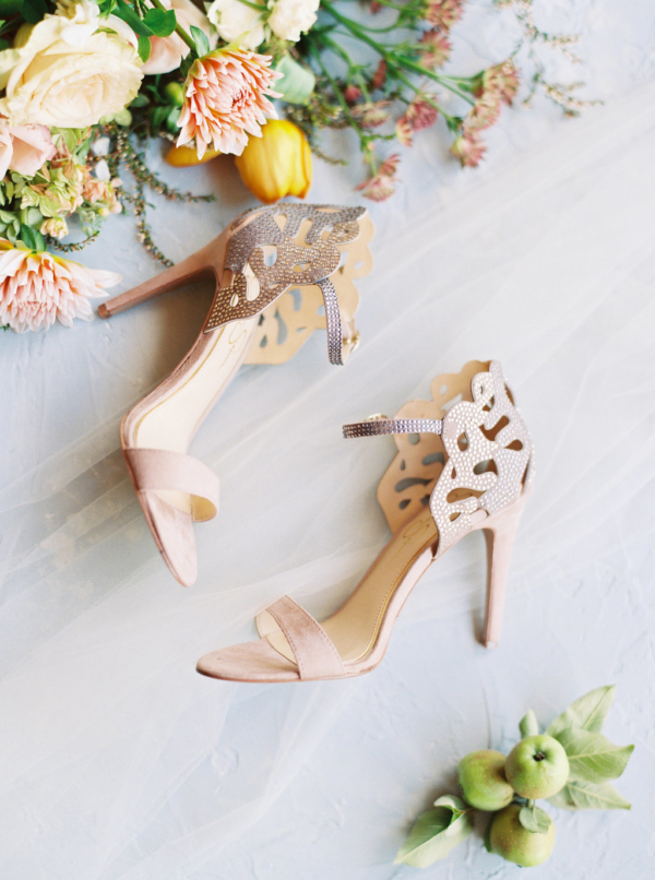 nude-wedding-shoes-christina-sloan-events-wedding-planners-birmingham-al-clubhouse-on-highland