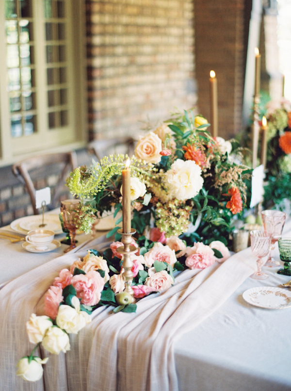Romantic-Autumn-Wedding-Flowers-christina-sloan-events-wedding-planners-birmingham-al-clubhouse-on-highland