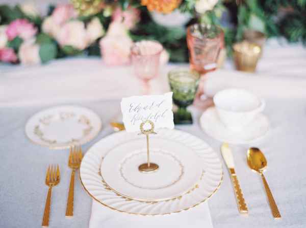 Ivory-and-Gold-Wedding-China-christina-sloan-events-wedding-planners-birmingham-al-clubhouse-on-highland