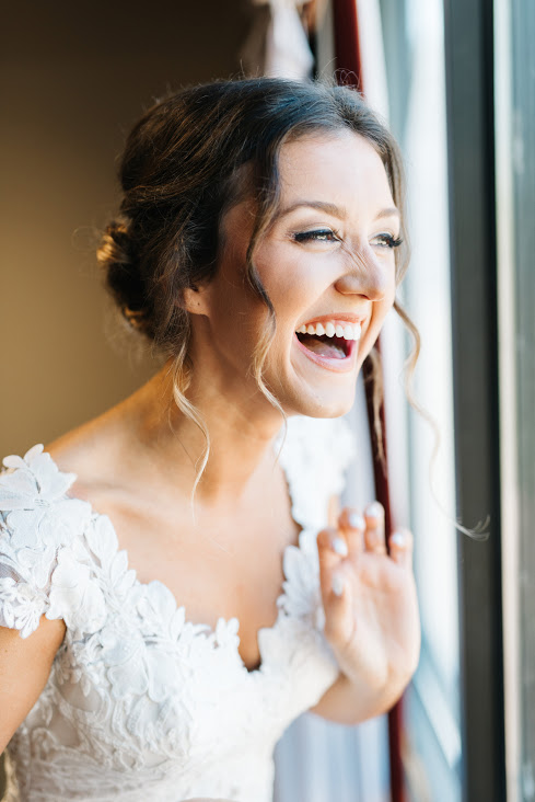 bride-getting-ready-photography-christina-sloan-events-wedding-planners-birmingham-al