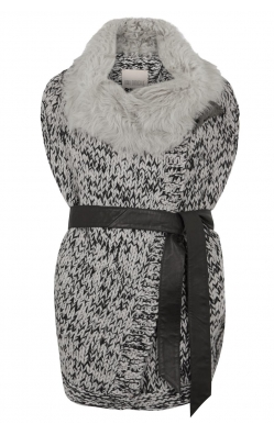 Karl Donoghue Shearling Gilet - a gilet is the perfect cosy and snug layering piece. Great for travelling and adding the right amount of chic to your evening attire.