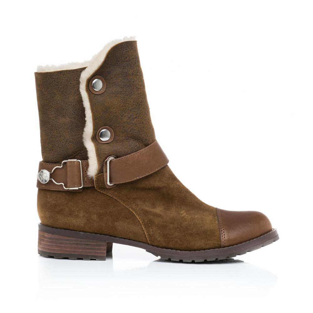 Matt Bernsen Tundra Boot - a versatile and classic winter essential.