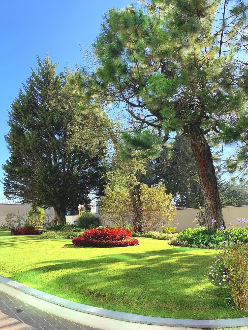 Beautiful, well kept gardens.