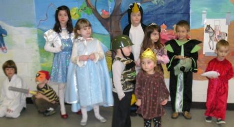 purim10 costumes.jpg