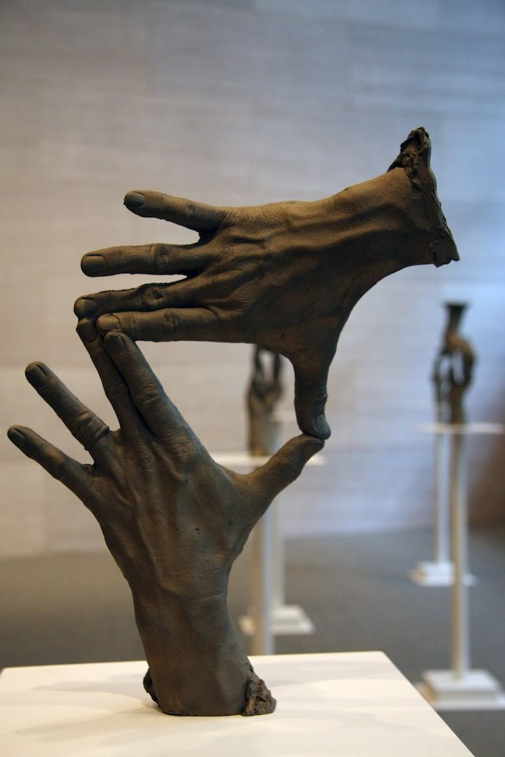 4a2ddb393c591aadc357beddf6ab03d9--hand-sculpture-sculpture-projects.jpg
