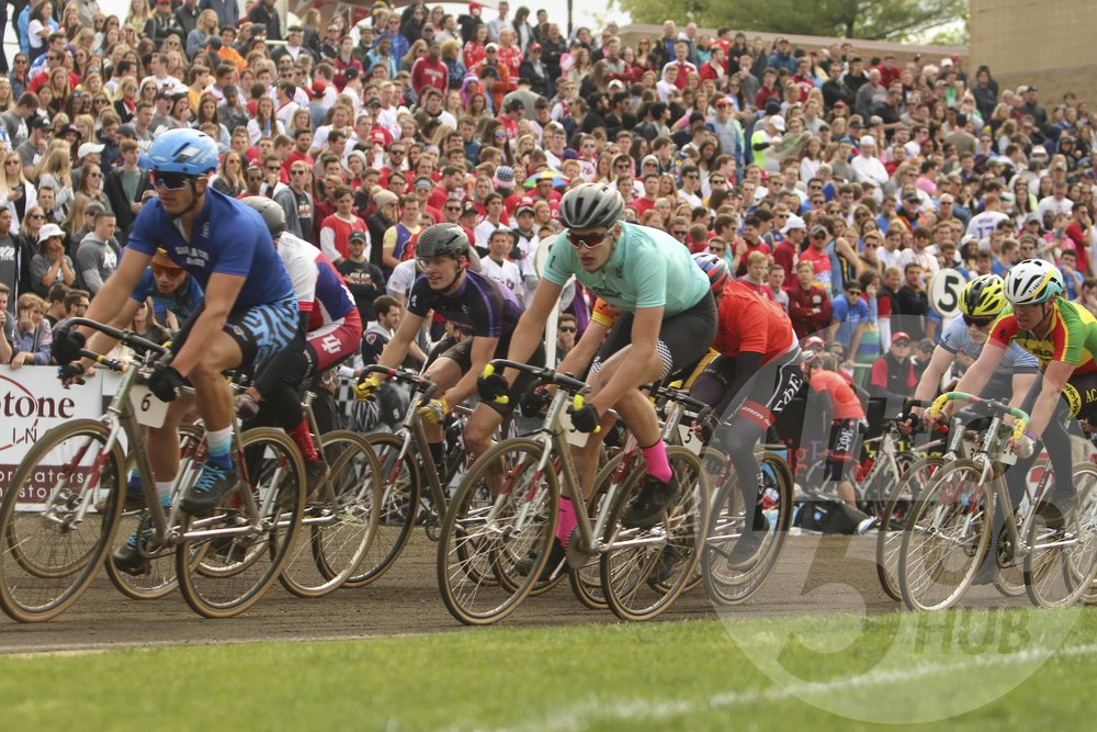 Dom Fiore riding at the front.