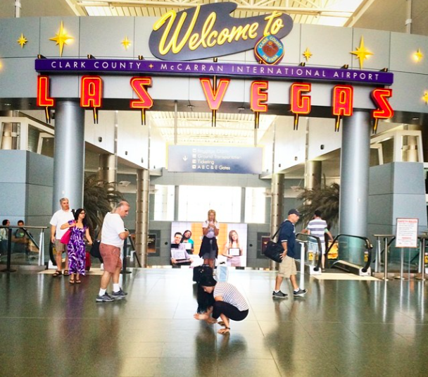 Bujapidasana in the Las Vegas Airport