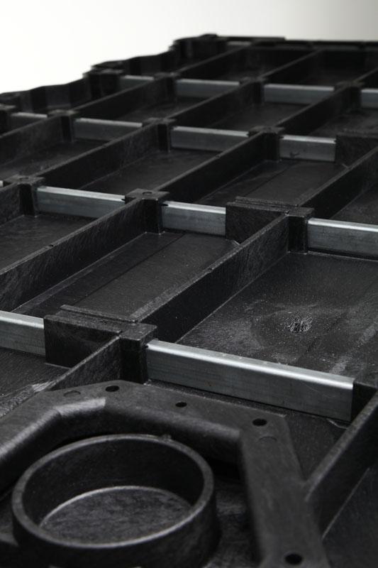 17-DECKED-below-steel-tubes-150.jpg