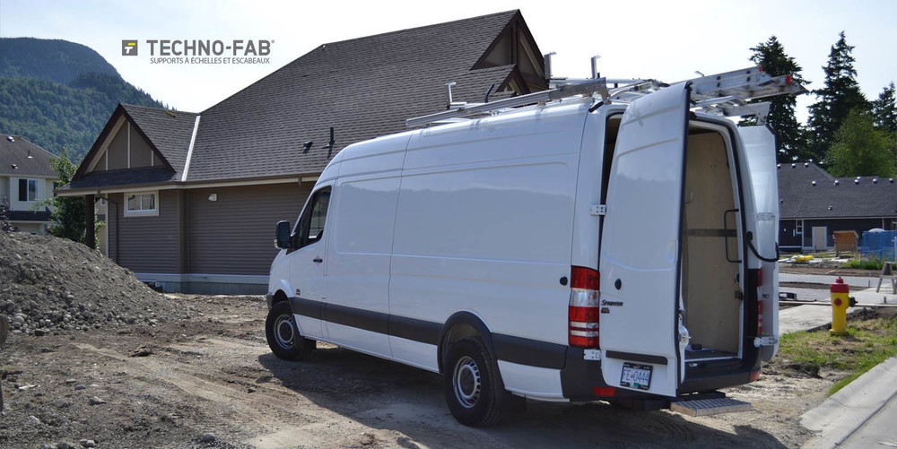 Fabuleux Aménagements & Accessoires de camions | Le Centre du Camion Adanac YB86