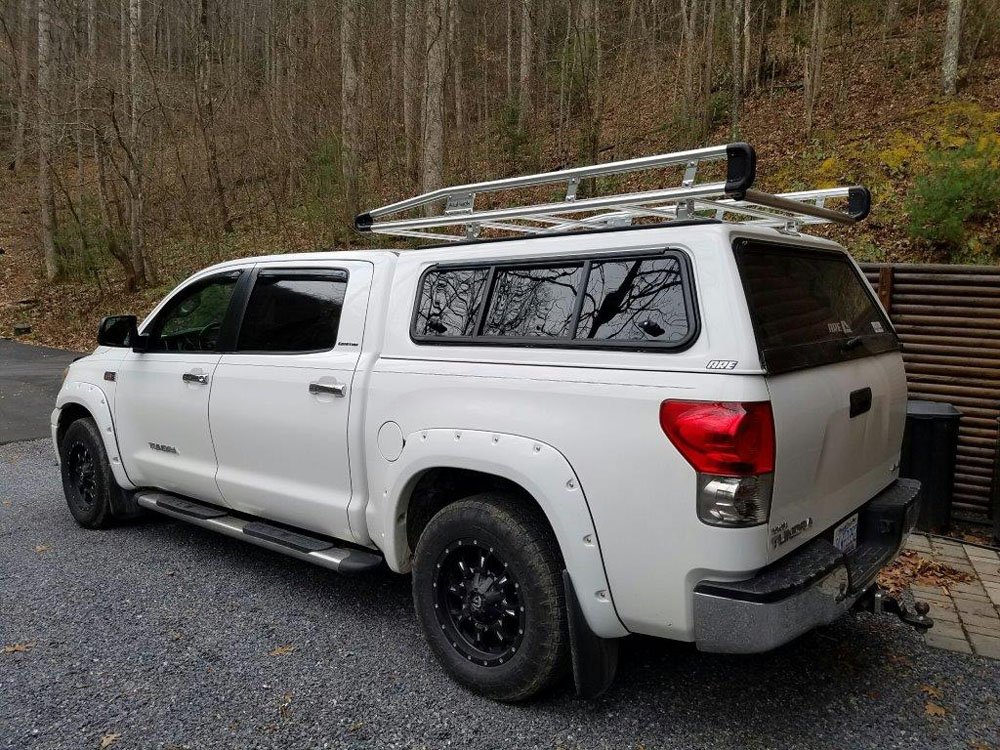 Toyota_Tundra_AluRack_ARE.jpg