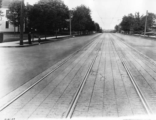 Magnolia Avenue, circa 1920. Photo Courtesy of the McClung Historical Collection