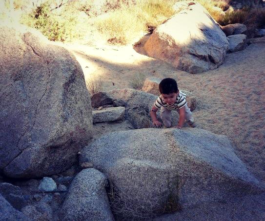Hiking in Joshua Tree 01.jpg