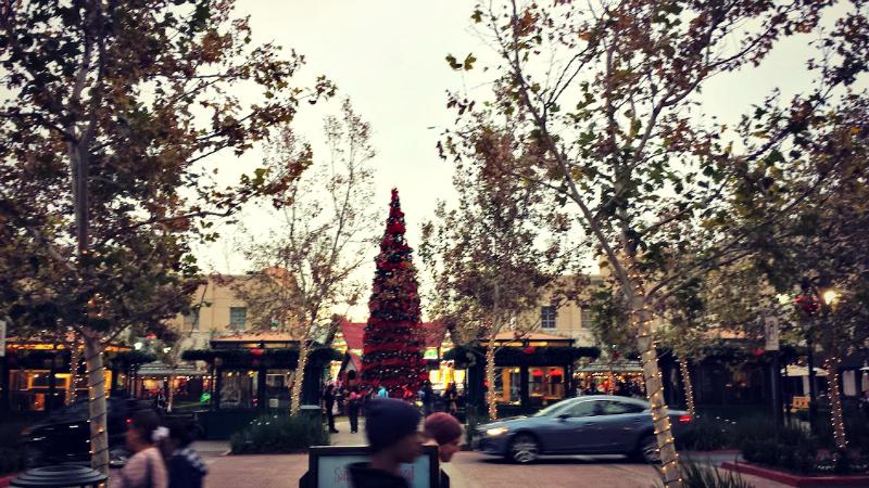 Victoria Gardens Christmas.jpg