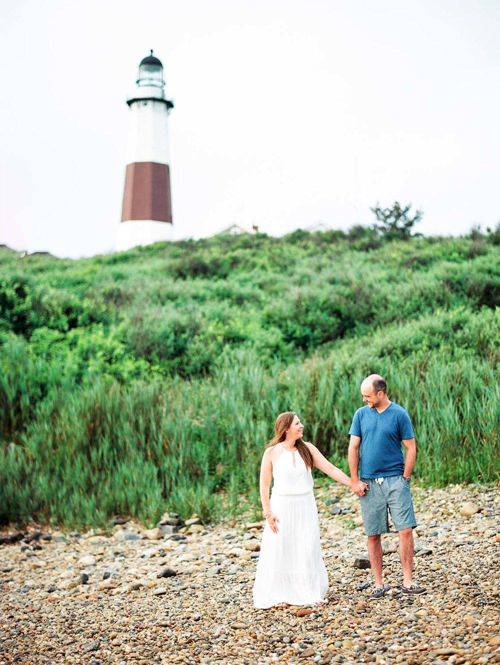 18.6.25 Lindsay and Brandon Montauk Lighthouse-002.jpg