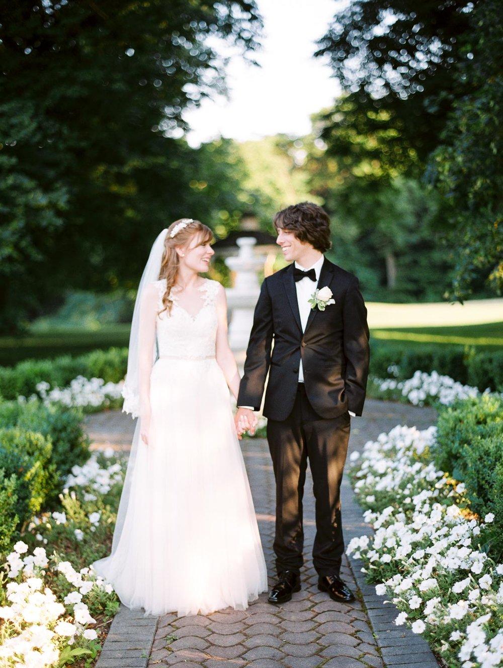 03 Bride and Groom-010.jpg