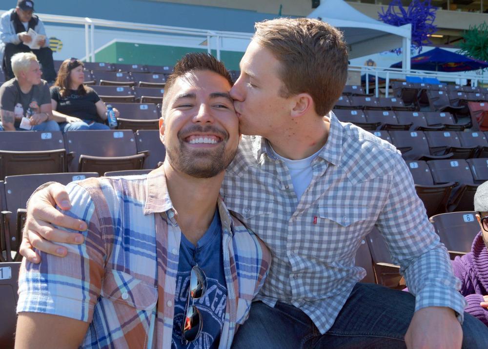 Logan + Chris #KissProudly