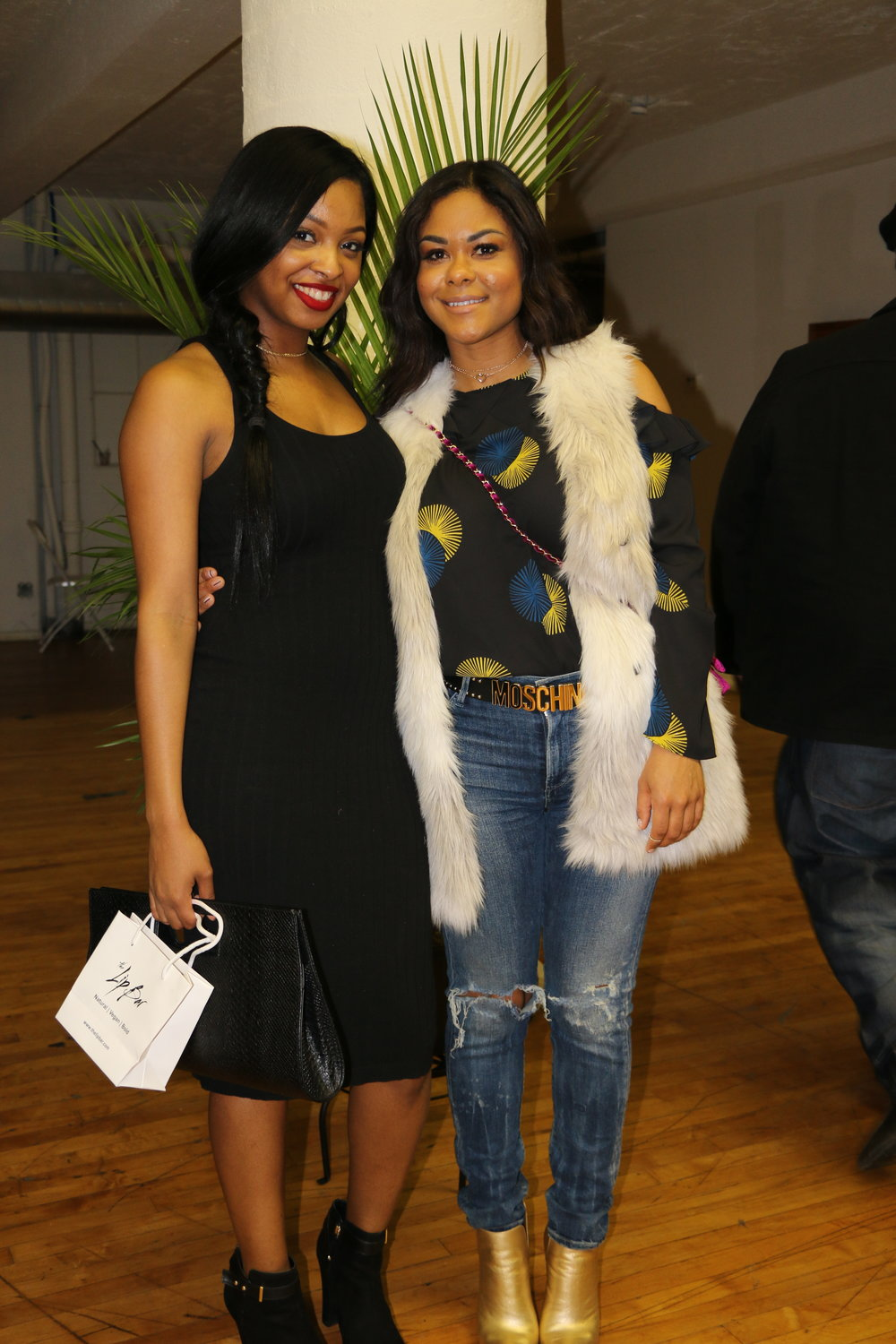 Pictured with Style & Lifestyle Blogger @_linamarie