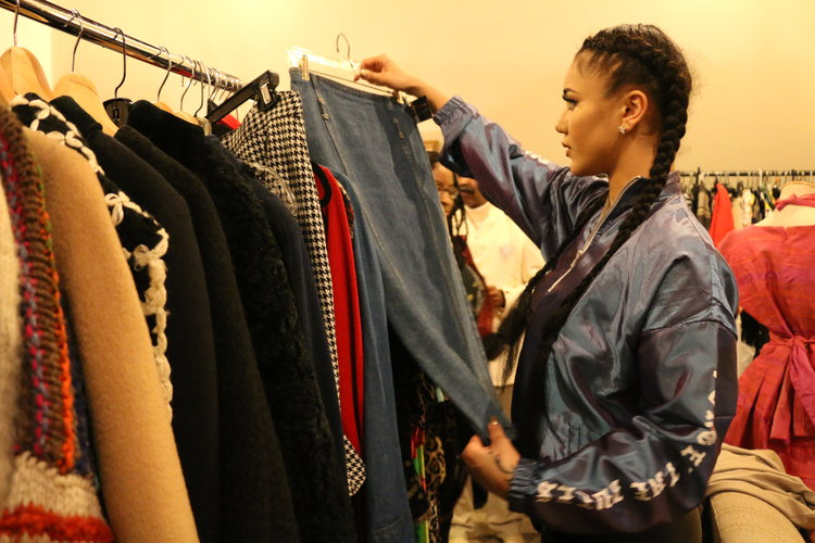 Thrift & Sip - How To Thrift Shop Like A Pro Stylist