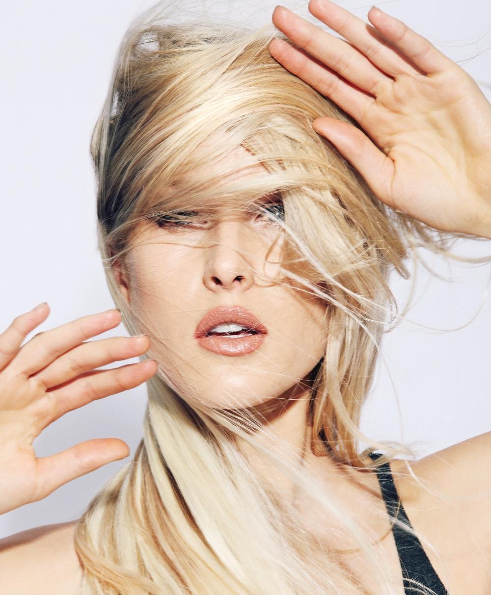 2014_DSL_blonde_cover (1055x1280).jpg