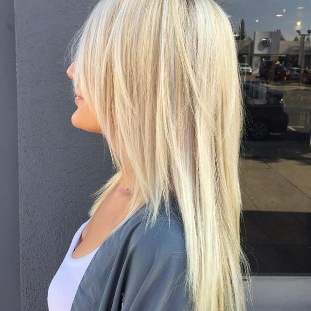 Summer look 🌞 #summer #blonde #highlights #haircut #hairconcept2000 #woodlandhills #americansalon #modernsalon #hairbyveesun